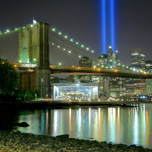 The 9/11 tribute lights from Brooklyn Bridge Park to pay respect and honor all those men and women who lost their lives on September 11th 2001.  May they all Rest in peace!  #trubute #emotions  #9/11 #september11 #neverforget #newyorkcity #nyc #manhattan #bigapple #landscape #cityscape #skyline #architecture #buildings #skyscapers #lights #brooklynbridge #bridges #nightphotography #citylights #lights #seashore